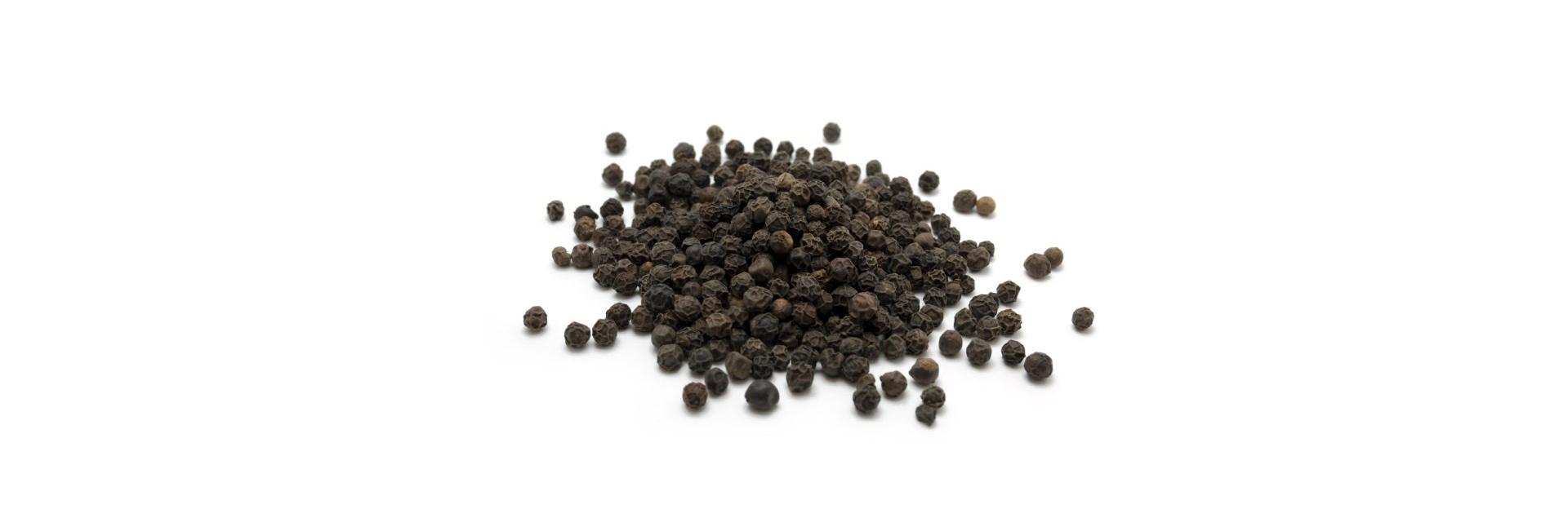 Антицеллюлитный скраб на травах для тела Черный перец и имбирь